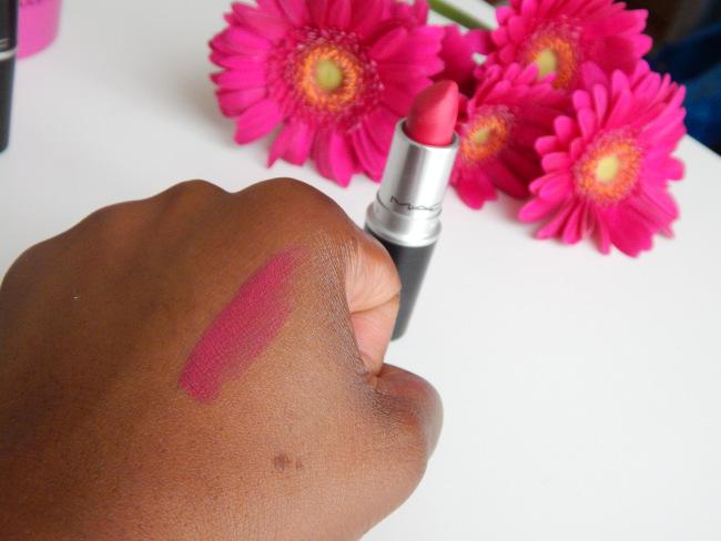 Le rouge à lèvres mat : un atout chic et glamour ! 7