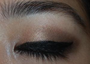 Maquiller des yeux bridés ou en forme d'amande 8
