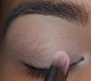 Un maquillage romantique 3