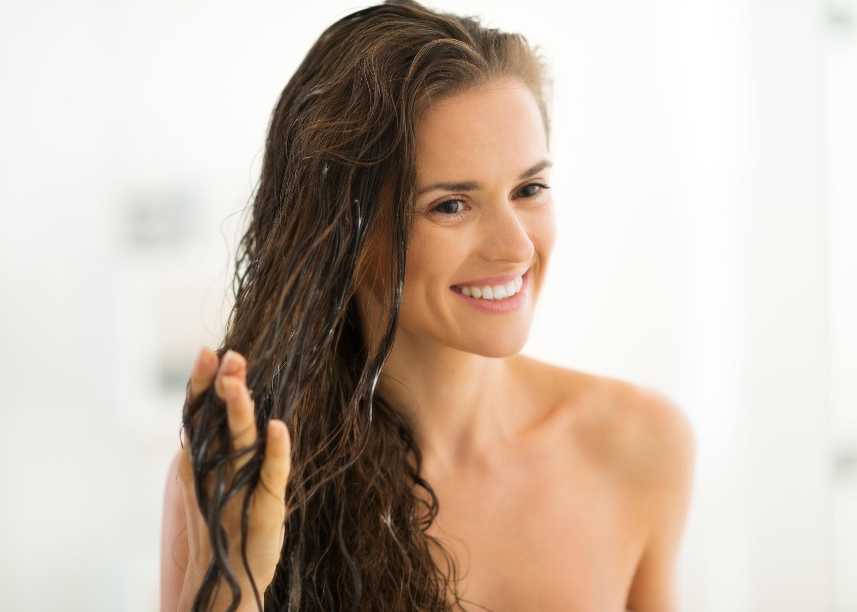 Cheveux secs, masque nourrissant