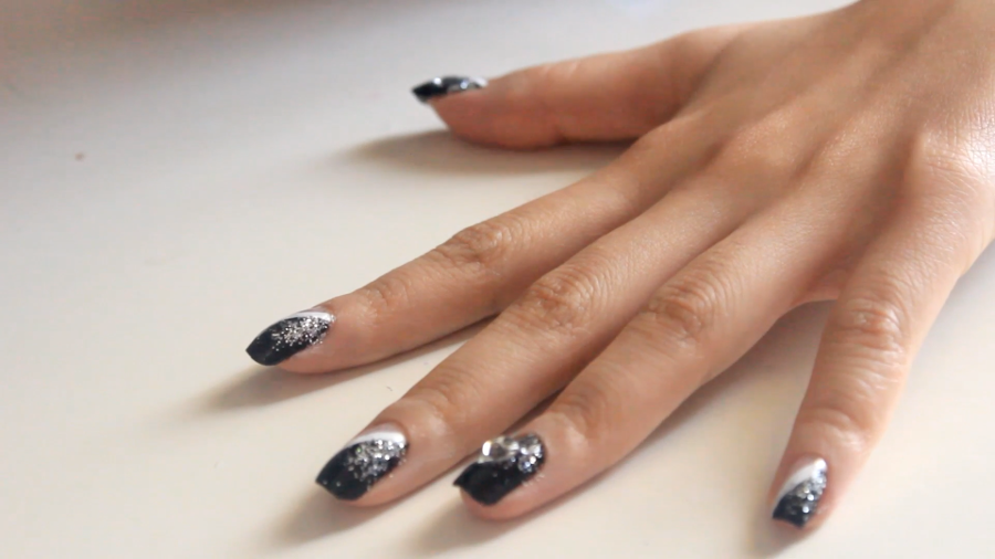 Tuto : Nail art Glam rock à paillettes