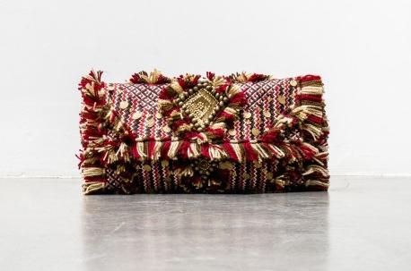 ANTIK BATIK : Pochette Nadya Burgundy / 145,00 €