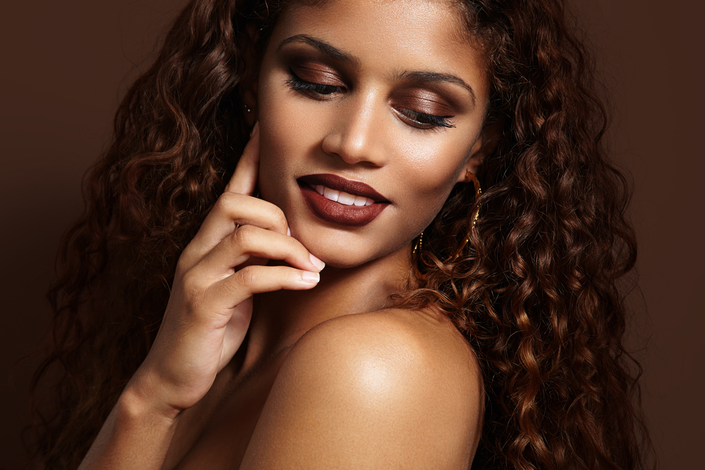Peaux foncées : Maquiller ses yeux et ses lèvres