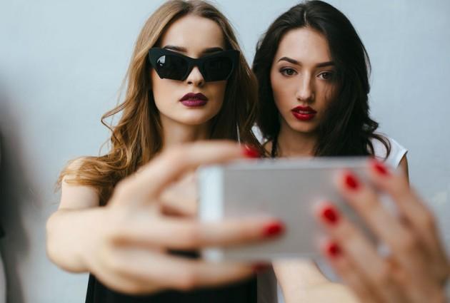 Comment réussir son selfie sur Instagram ?