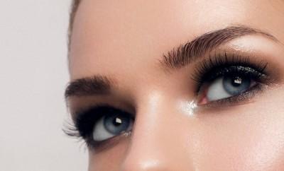 L'eyestrobing pour réveiller le regard