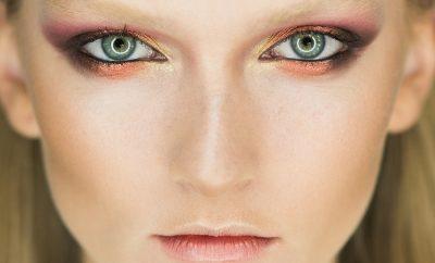 Comment agrandir ses yeux avec du maquillage?