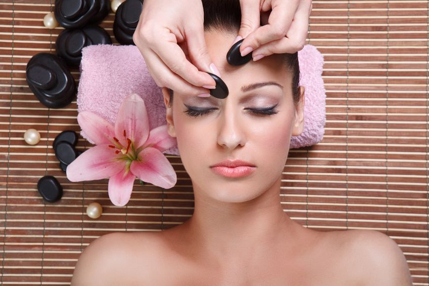Massage facialpour avoir un visage radieux